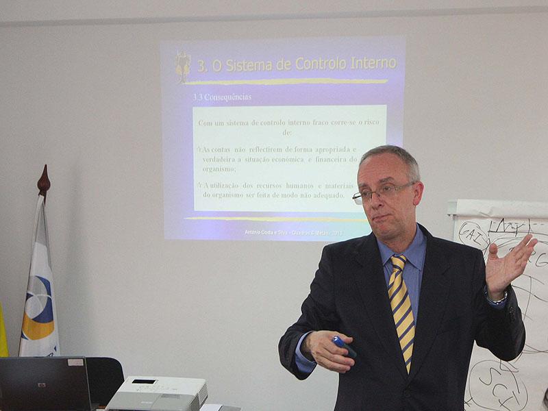 O Sistema de Controlo Interno e as Metodologias para a Elaboração da Norma do Controlo Interno