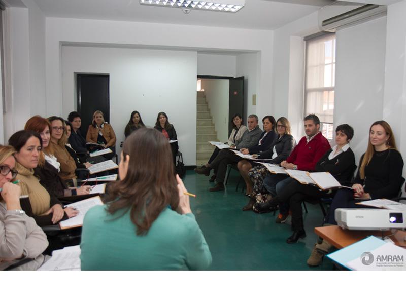 Principais Implicações na Gestão de Recursos Humanos das Autarquias Locais com o OE 2014