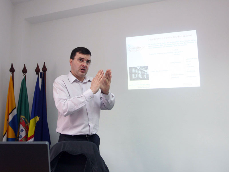 Gestão Documental e Organização de Arquivos