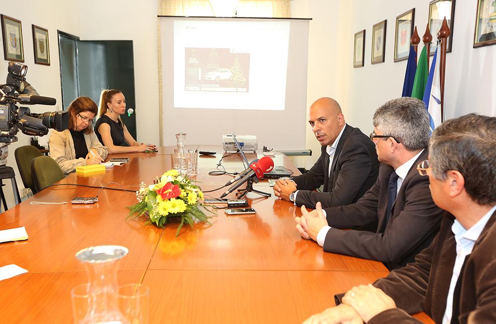 Presidente da AMRAM apresenta novo website em conferência de imprensa