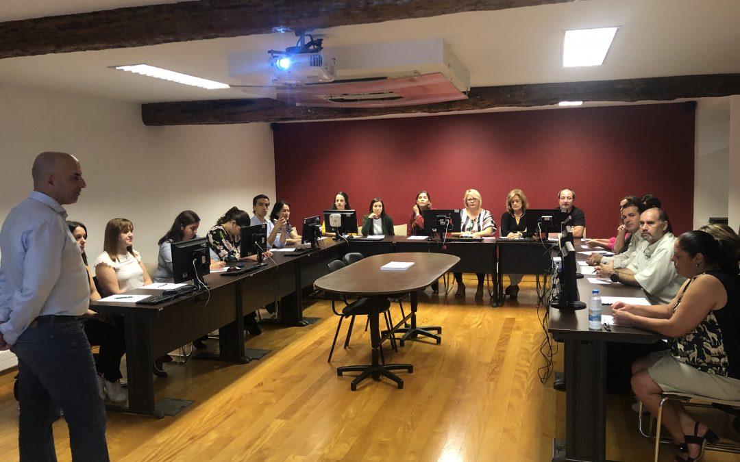 AMRAM promove formação sobre os novos modelos de atendimento ao público na Administração Local